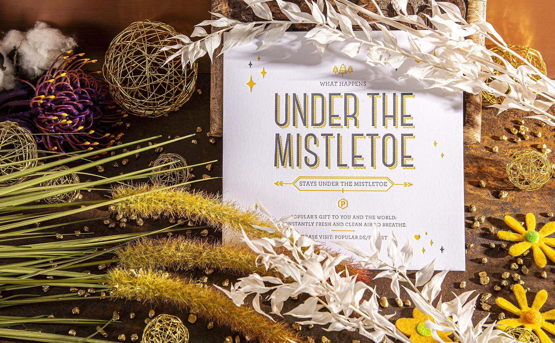 Kreative Weihnachtskarte gefertigt mit der Handwerkskunst im Druck.