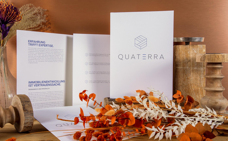 Haptische Erlebnisse mit dem Imagefolder von Quaterra Immobilien