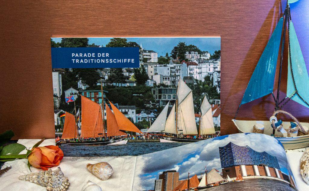 Softcover Klebebindung für die Parade der Traditionsschiffe in Hamburg.