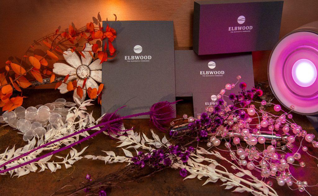 Individuelle Printprodukte für ELBWOOD – The Hanseatic Penmaker mit einer edlen Heißfolienprägung