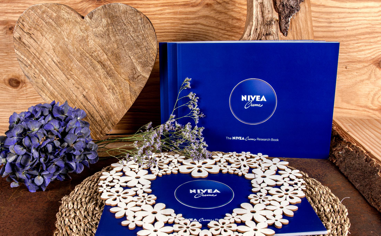 Hochwertige Softcover Klebebindung von Nivea
