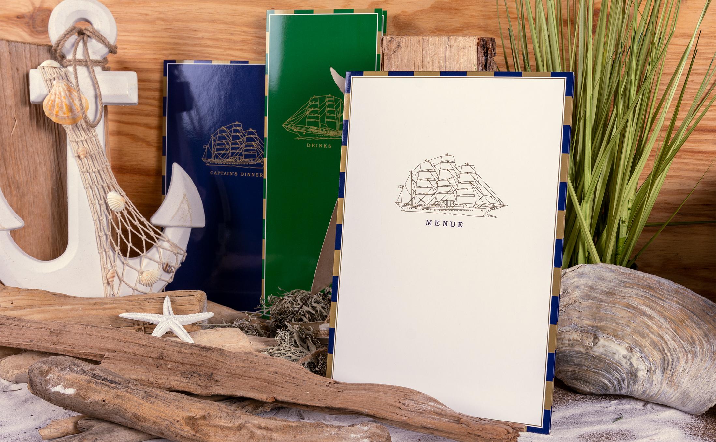 Karten für die Kreuzfahrtschiffe der besonderen Art