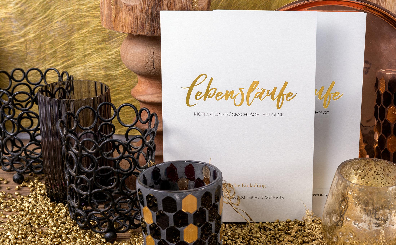 Handwerkskunst, die man fühlen kann, mit einer Heißfolienprägung in Gold auf Conqueror Bamboo mit einem Mix aus Bambus und Zellstoff.